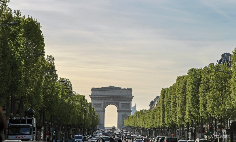 Champs-Elysées For glory and grandeur, this is one of the most famous avenues in the world lined with beautiful shops, eateries and so much more. The Arc de Triomphe French monument sits beautifully in the background.